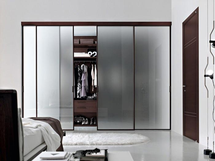 glass-door-wardrobe-design